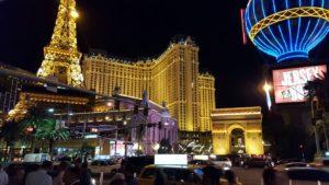 Paseo por las Vegas de noche
