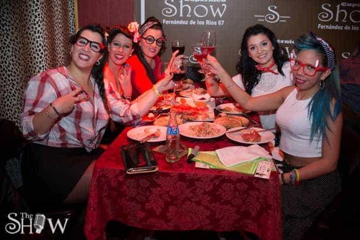 The Show Must Go On - Disco Queens imagen 1