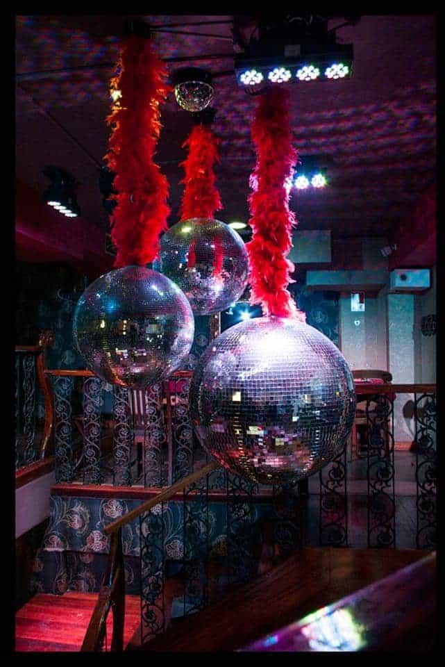 The Show Must Go On - Disco Queens imagen 3