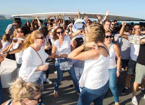 Fiesta en barco Mediodía imagen 3