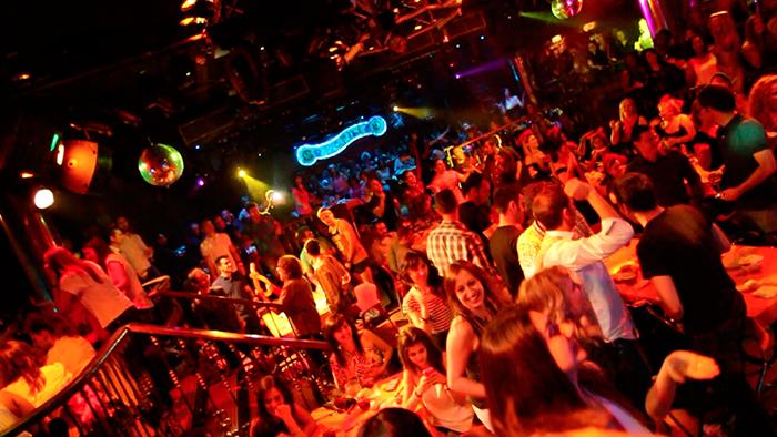 Single Party imagen 3