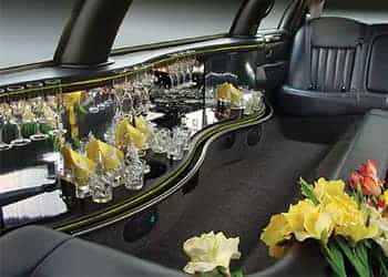 FORD LINCOLN TOWN CAR BLANCA imagen 3