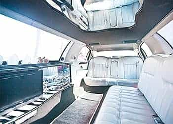 LIMUSINA FORD LINCOLN TOWN CAR BLANCA imagen 3