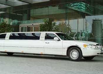 LIMUSINA FORD LINCOLN TOWN CAR BLANCA imagen 2