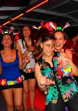 Fiesta en Barco Marciano