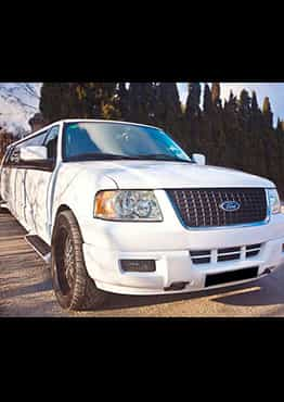 FORD EXPEDITION BLANCA