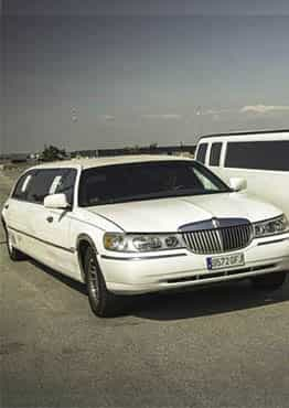 FORD LINCOLN TOWN CAR BLANCA