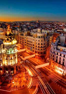 Pack Fin de Semana en Madrid: Alojamiento + Gynkana + Cena Temática