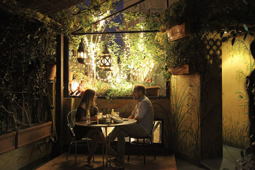 Las 16 mejores terrazas en altura en madrid despedidas big for Hoteles romanticos en la sierra de madrid