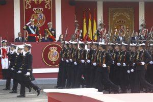 desfile-militar-12-octubre-2015