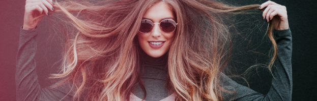 Trucos para reparar el cabello después de los daños ocasionados durante el verano